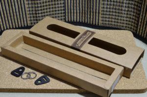 ネックストラップ 箱と付属品