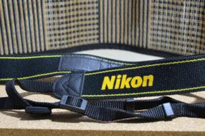 ネックストラップ Nikon