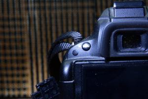 D5100 リモコン受光部 背面