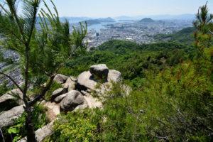日浦山 地獄岩